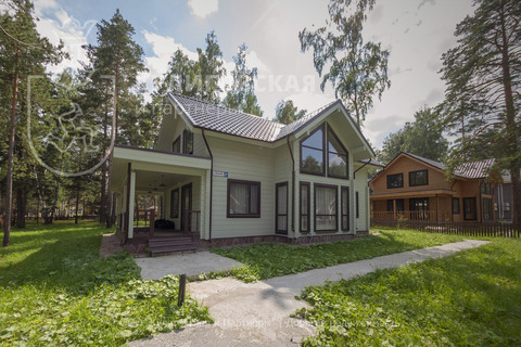 Продажа дома, Верхнее Дуброво, Белоярский район, Весенняя - Фото 1