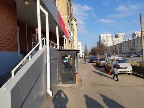 Сдается Магазин. , Казань город, улица Восстания 62 - Фото 1