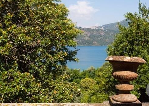 Продается эксклюзивная усадьба в Кастель-Гандольфо, Италия - Фото 4