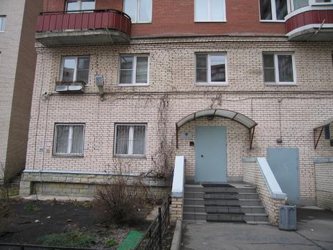 Продажа помещения 84 м с отд.входом в жил.доме. - Фото 1