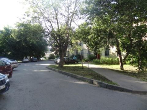 Комната 14 кв.м. в цетре г.Гатчина, в малонаселенной квартире - Фото 2