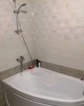 Продам 1-комн. кв. 36 кв.м. Тюмень, Беловежская, Купить квартиру в Тюмени, ID объекта - 331473762 - Фото 1