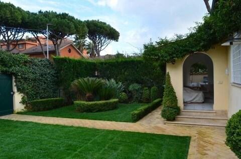 Продается эксклюзивная вилла в Фреджене, Италия - Фото 3