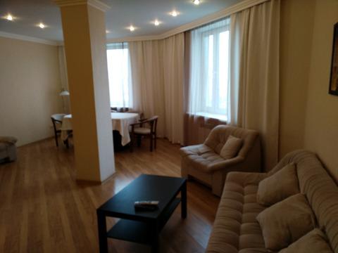 Сдается 3 комнатная квартира на Большакова - Фото 1