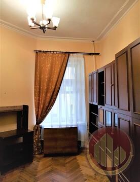 В 2-х минутах пешком от Петроградской 2 комнаты в 4-комнатной квартире - Фото 1