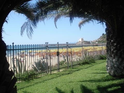 Продается вилла на берегу моря в Сперлонга, Италия - Фото 3