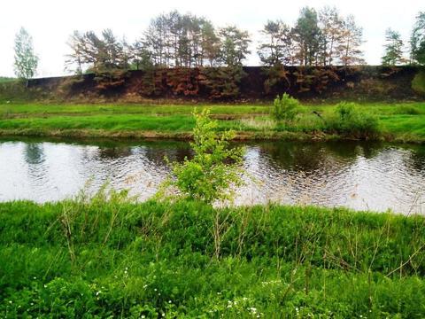 Крайний участок к лесу 15 соток в деревне с газом на берегу реки Москв - Фото 1