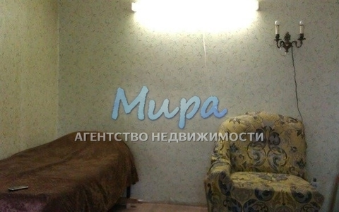 Продаётся двухкомнатная квартира в центре города. Пешая доступность д - Фото 4