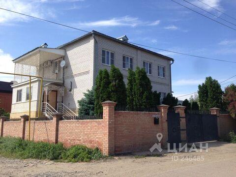 Коттедж в Астраханская область, Астрахань ул. Ульянова (385.0 м) - Фото 1