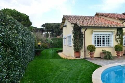 Продается эксклюзивная вилла в Фреджене, Италия - Фото 2