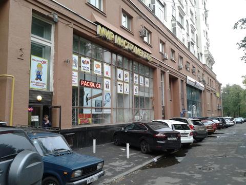 Сдаётся в аренду торговое помещение 420 кв.м. на первой линии. - Фото 1