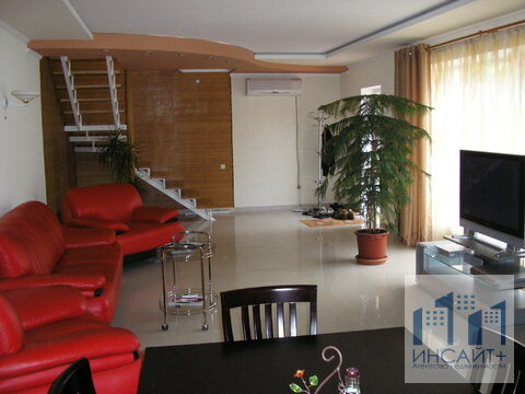 Сдам Дом Давыдовке, 2-х этажный особняк - Фото 1