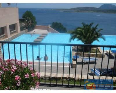 Квартира в резиденции Ладуния в 900 метрах от пляжа Маринелла. - Фото 2