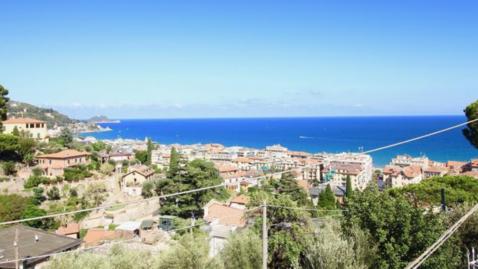Продается эксклюзивная вилла в Алассио, Италия - Фото 1