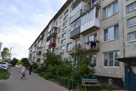 Комната 15кв.м в 3к.кв. в пос. Пудость, Гатчинский р-н - Фото 1