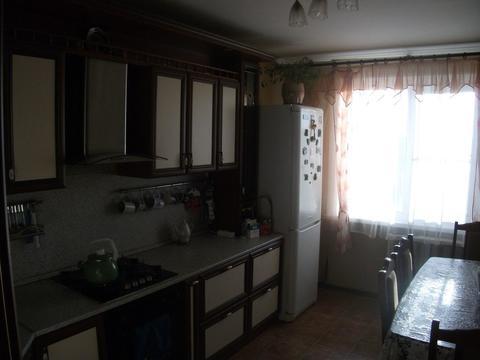 Сдаётся 2-к квартира в отличном состоянии на ул. Маршала Куркоткина - Фото 1