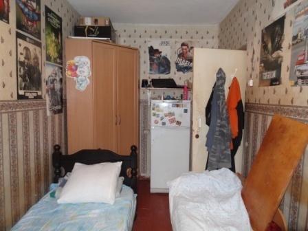П.Пригородный Гатчина комната 11 кв.м.в малонаселенной 3-х к.кв. - Фото 2