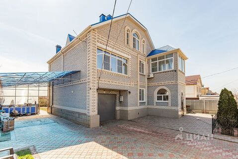 Дом в Астраханская область, Астрахань Каштановая ул. (360.0 м) - Фото 1