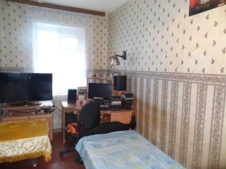П.Пригородный Гатчина комната 11 кв.м.в малонаселенной 3-х к.кв. - Фото 1