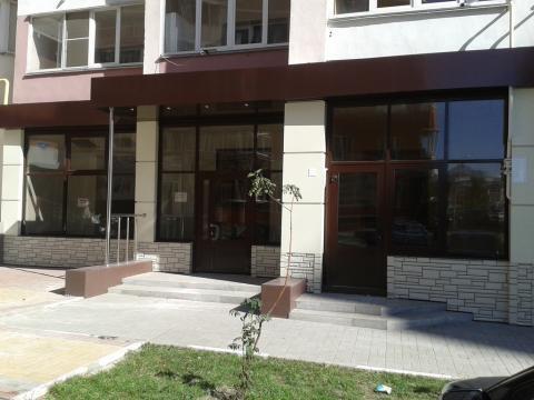 Продается торгово-офисное помещение - Фото 1