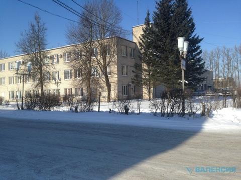 Продается отд стоящ здание 6700м2 с уч.1га в Лом. р-не, д. Кипень. - Фото 4