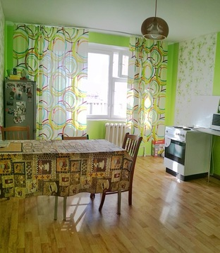 Продам просторную 3 комнатную квартиру рядом с новой школой в Тюмени! - Фото 1